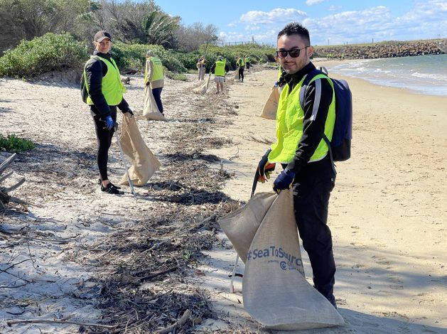 #SeaToSource Volunteers in Sydney